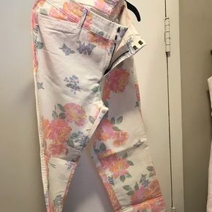 NWT OLD NAVY ankle pixie pant (chino); floral